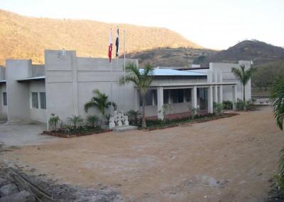 Colegio Reach Secundaria, La Trinidad